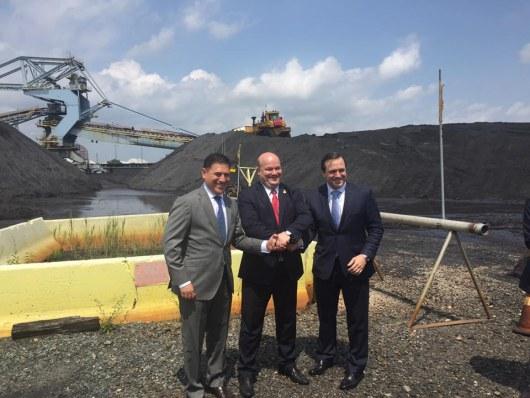 В Украинское государство отправили первую партию американского угля